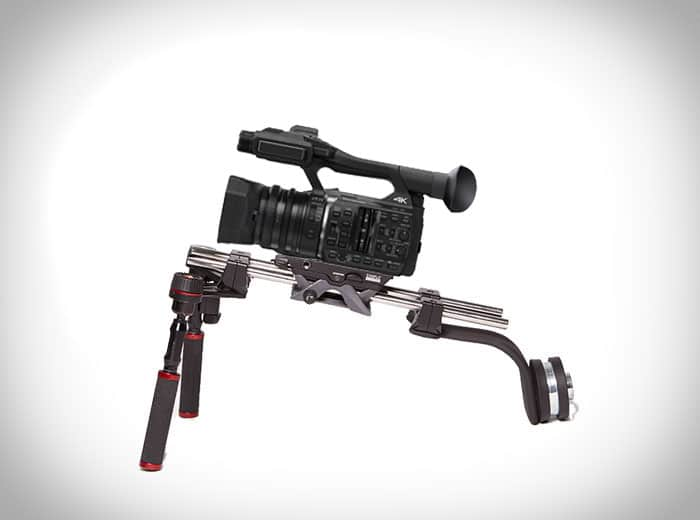 Panasonic-HC-X-1000 mit Manfrotto Sympla Schulterstütze